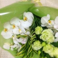 胡蝶蘭 花束 誕生花 花言葉