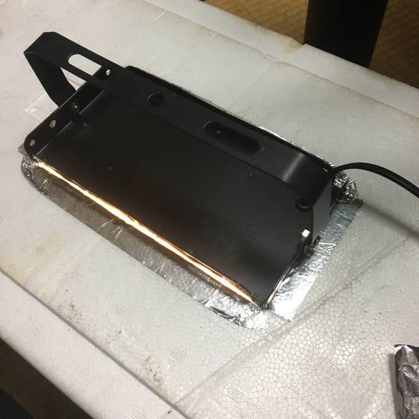 防寒対策の簡易温室 ライトの部分を修正